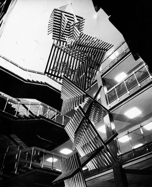 Tubos. Caracas,1962. Banco Industrial de Venezuela. Foto Archivo Fundación Gego