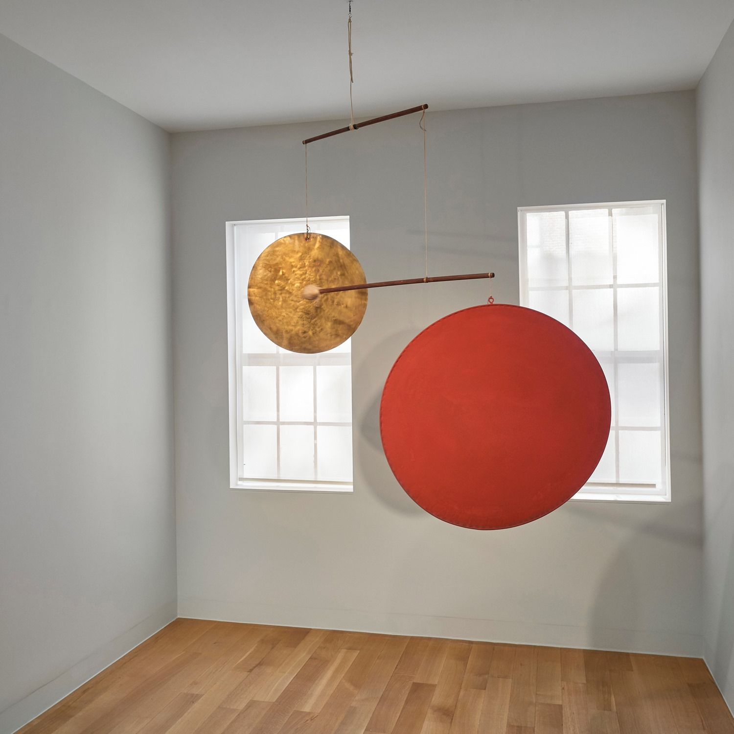 Red Disc and Gong, 1940, Sounds Lasting and Leaving, Luxembourg & Dayan, New York. © 2020 Calder Foundation, New York / Artist Rights Society (ARS), New York