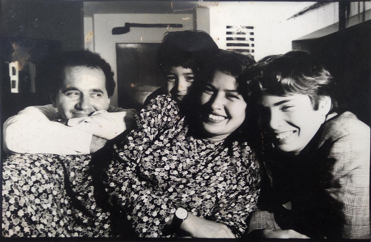 Retrato familiar, Antonio Bernardo, Nela y Juan Andrés. Foto Lisbeth Salas.