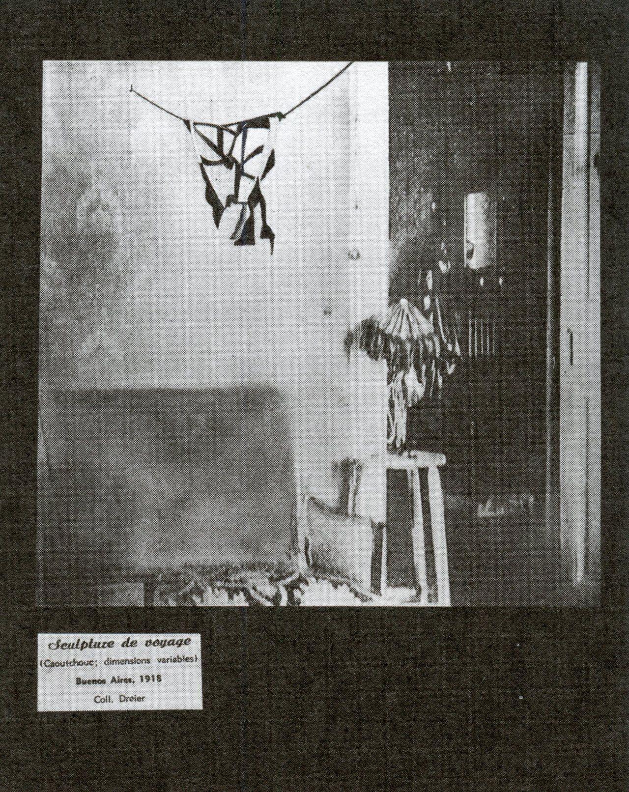 Marcel Duchamp. Sculptures of voyage.