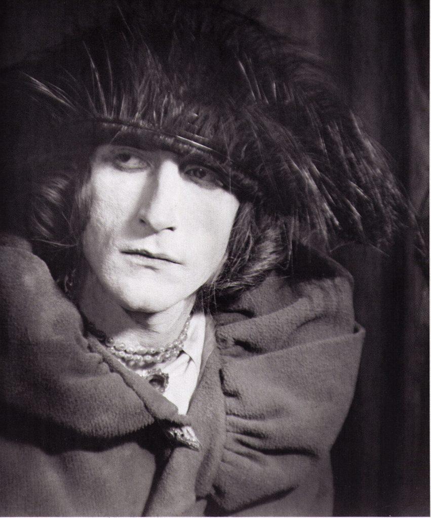 Portrait of Rose Selavy, 1921 por Man Ray