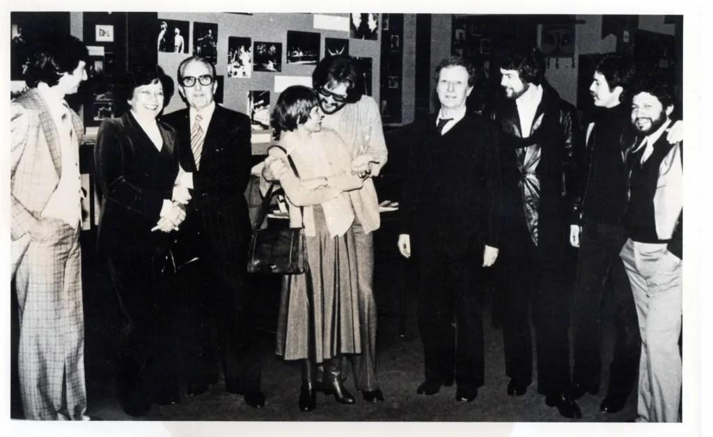 Carlos Giménez, María Teresa Castillo, y personalidades del medio teatral. Foto Archivo El Nacional.