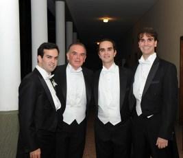 Enrique Maduro Rolando con sus hijos Carlos Enrique, Alejandro Enrique y Enrique Eduardo