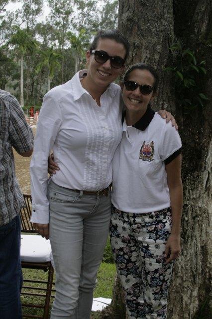 Asiul Serrano y Ursula Vanderbiest