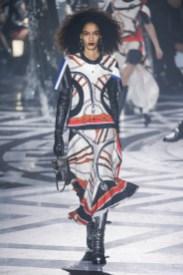 Loius-Vuitton_ful_W_F16_PA_002