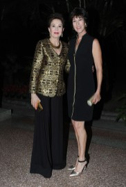 Marelisa Sosa de Villegas y Mindy Villegas de Mendoza
