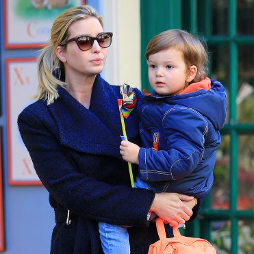Ivanka Trump y su hijo Joseph