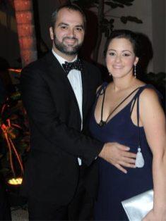 Fernando Mendoza y Adriana de Mendoza.