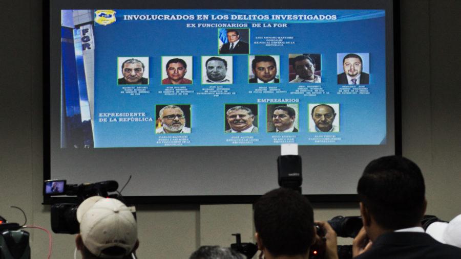 Fiscalía acusa al expresidente Funes de pagar sobornos para evitar ser investigado