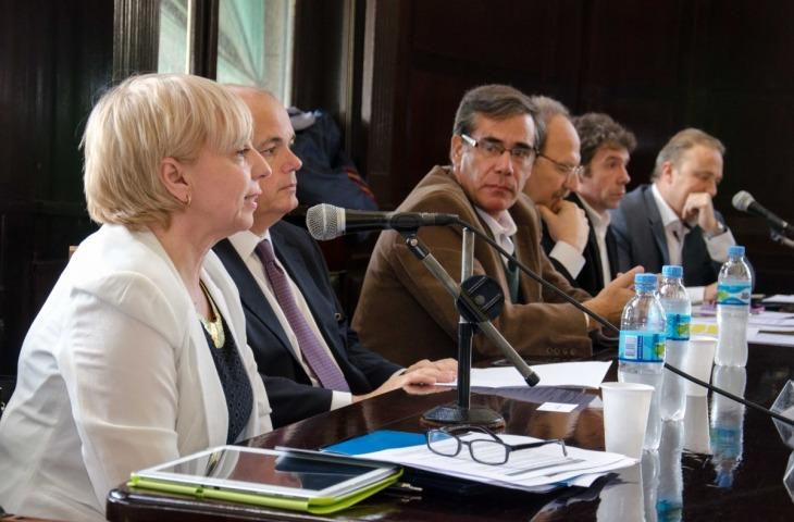 Debate ley de comunicaciones Derecho UBA 01