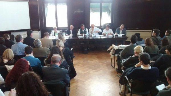 Debate ley de comunicaciones Derecho UBA 03