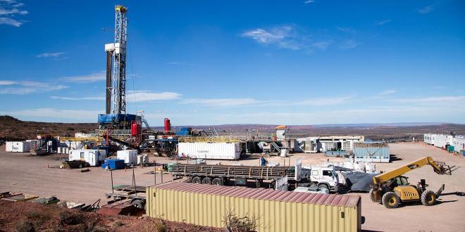 Barrera para combustibles Aplican licencias no automáticas para la importación de petróleo, gasoil y naftas.