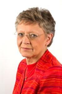 Françoise Barré-Sinoussi (Fonte: http://www.maraval.org/UPLOADS/PORTRAITS%201000%20CHERCHEURS%20A%3EC/_BARRE-SINOUSSI%20Fran%E7oise.jpg)