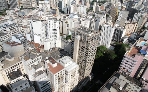 Preço do m² subiu levemente no mês de abril (Foto: Shutterstock)