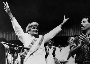 Violeta Chamorro derrotou a FSLN nas eleições de fevereiro de 1990. Crédito: https://movimentorevista.com.br/