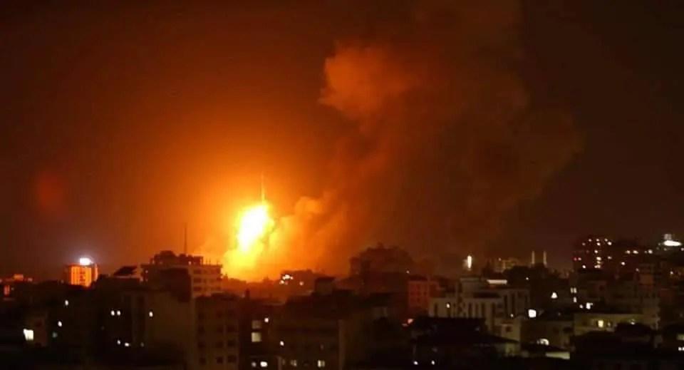 Gaza es atacada.