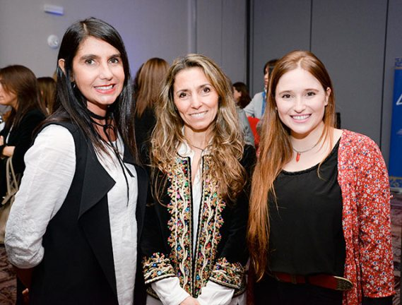 Gullermina Cabrera, Dominique Sarries y Eva Tejedor.