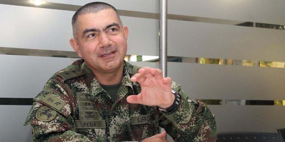Por error en fotos entregadas a ONU sale jefe de inteligencia militar