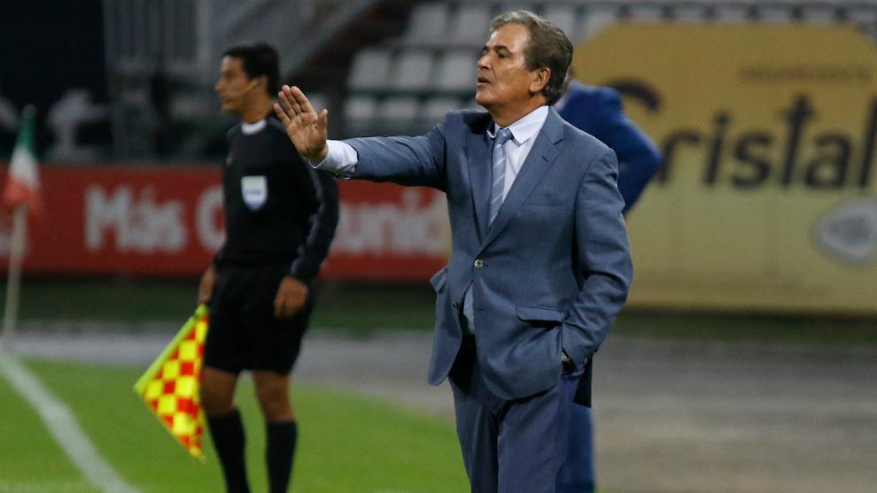 Millonarios confirma que aún no ha aceptado la renuncia de Jorge Luis Pinto
