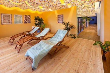 KUB Projects. Sol Calero, La sauna caliente. Vista de la instalación, KUB Collection Showcase, Bregenz, 2016. Foto: Markus Tretter © Sol Calero, Kunsthaus Bregenz