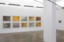 Vista de la instalación: El triunfo de la vida solitaria, ProjecteSD. Foto: Roberto Ruiz. Cortesía de ProjecteSD