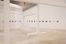 """Carlos Garaicoa, De la serie """"Edificios parlantes"""" (2011-2012). Exposición """"El Palacio de las Tres Historias"""", CGAC, 2018. Imagen cortesía del CGAC"""