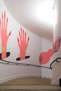 Pow Martinez, Border Patrol, 2019, pintura acrílico. Cortesía del artista. Vista de la exposición «Prince-sse-s des villes», Palais de Tokyo (21.06 – 08.09.2019). Foto: Marc Domage