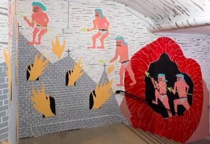 Pow Martinez, Border Patrol, 2019, pintura acrílico. Cortesía del artista. Vista de la exposición « Prince-sse-s des villes », Palais de Tokyo (21.06 – 08.09.2019). Foto : Marc Domage