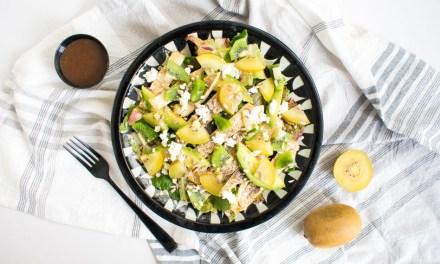 Ensalada de kiwi y pollo asado