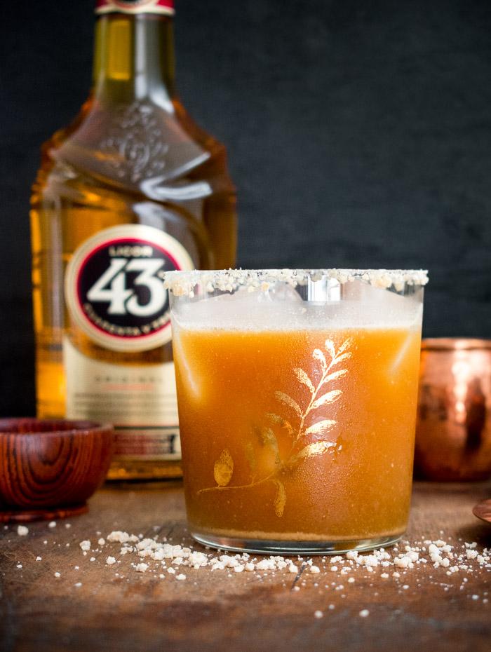 Como preparar un carajillo de mazapán con licor 43