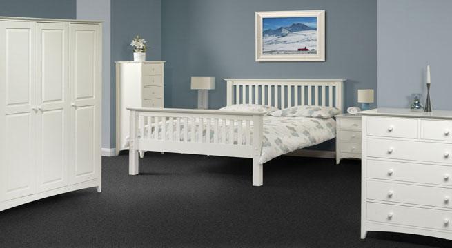 Muebles lacados en blanco xito total revista muebles for Lacar muebles en blanco