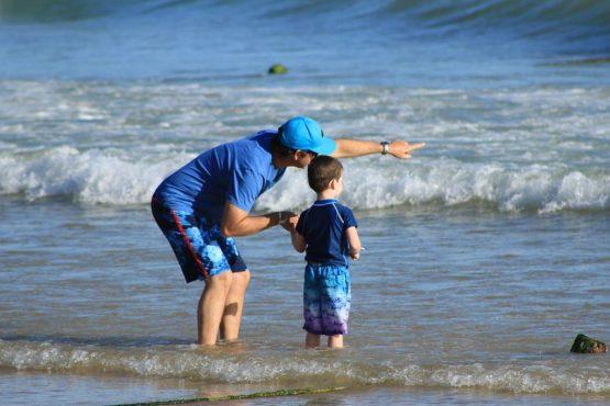 parents-and-children-1699502_1280