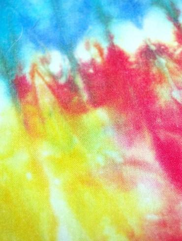 Tie Dye: conheça a tendência para o verão 2020