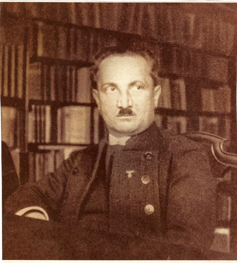 heidegger-nazi-insignia