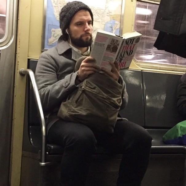 hot-dudes-reading-books-instagram-2-605x605
