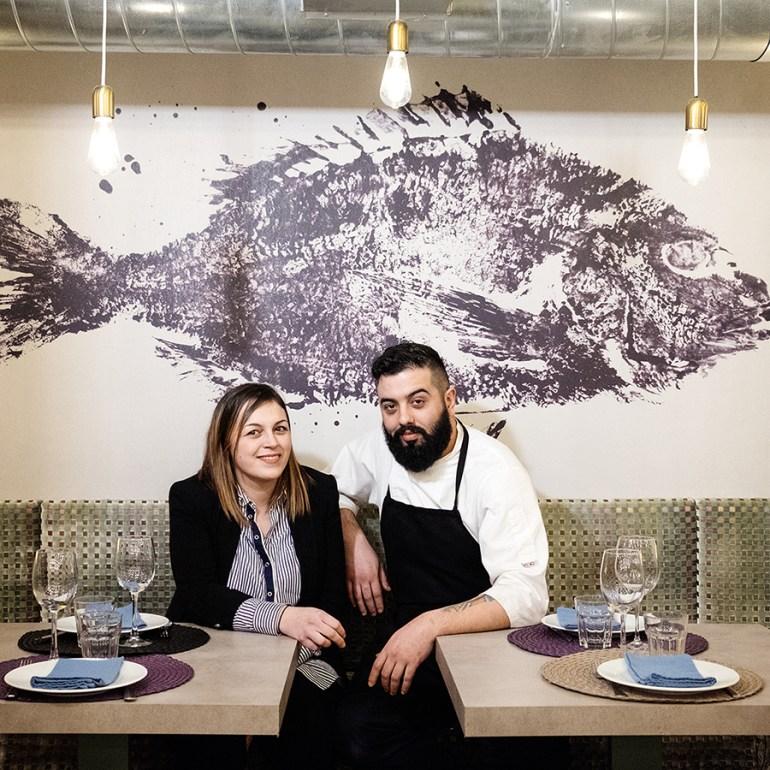 Paula e Manu, no interior do ACDC. Foto: Iván Barreiro