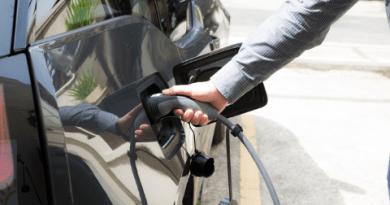 A era dos veículos elétricos