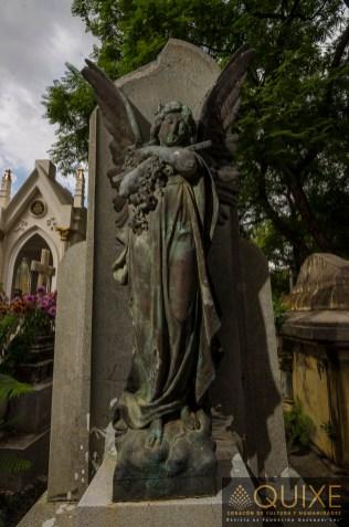 Un ángel nos aguarda.