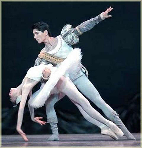 Odette y el príncipe Sigfrido en el pas de deux de El lago de los cisnes.