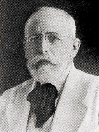 El doctor Eduardo Urzáiz Rodríguez, cubano-yucateco (nació en 1876, en Guanabacoa). Foto Boletín Informativo de la Facultad de Medicina de la Universidad de Yucatán, Tomo I, Num. 6, julio-agosto 1966.