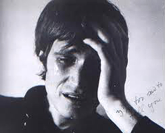 """Fotograma del corto """"Estoy muy triste para decírtelo"""" (1971), de  Bas Jan Ader."""