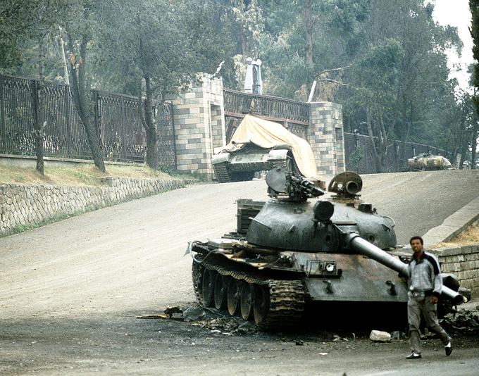 Un tanque T-62 abandonado en Addis Abeba, 1991.