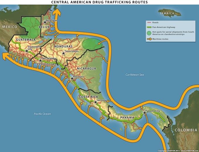 Por las costas de Centromérica. Gráfica © de igstab.net