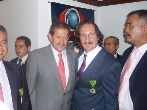 Daniel de Campos, con el Vicepresidente de Colombia, Angelino Garzón