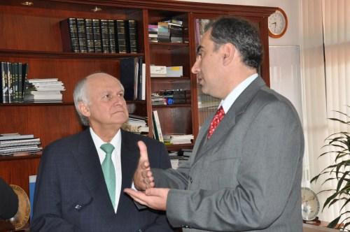 El Doctor Manuel Elkin Patarroyo Murillo, con el Rector del CCEE Reyes Católicos, Luis Fernández López