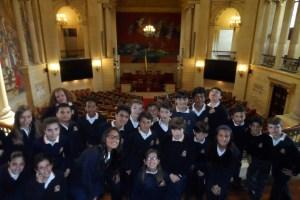 El alumnado disfrutando de su visita al Capitolio Nacional.