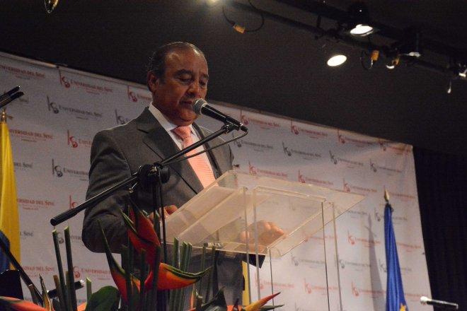 Ricardo Almanza Roldán, Rector del Colegio Distrital de Usaquén