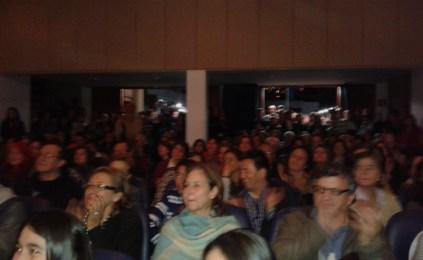 El público abarrota el auditorio.