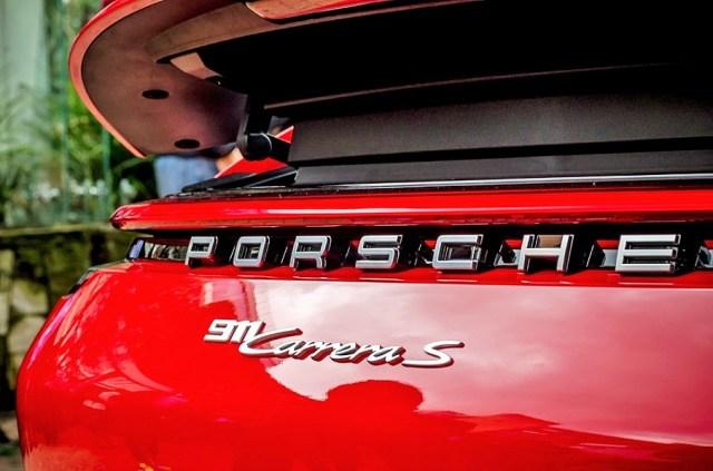 Porsche 911_3.jpg