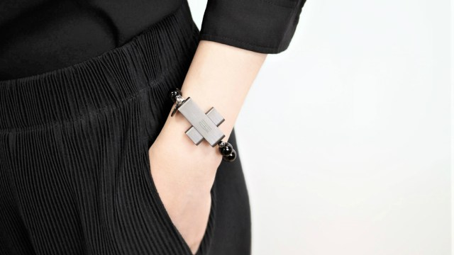 Click To Pray eRosary - wearable